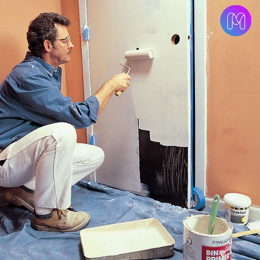 رنگ آمیزی درب اتاق و خانه با غلطک